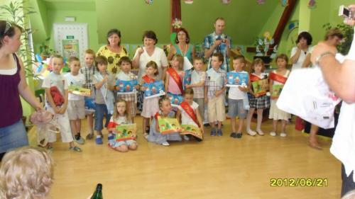 rozloučení předškoláčků sMŠ 21.06.2012